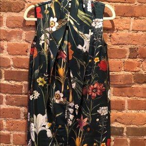 Fall 18 sleeveless blouse